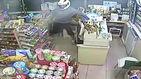 헬멧 쓰고 '유니세프 모금함' 절도…냉혈한 도둑