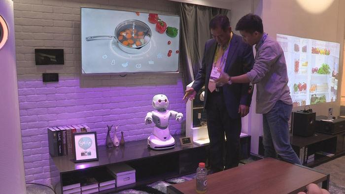 중국 가전사인 하이얼의 허브 로봇