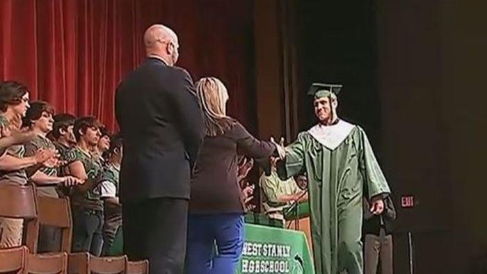 이른 졸업식