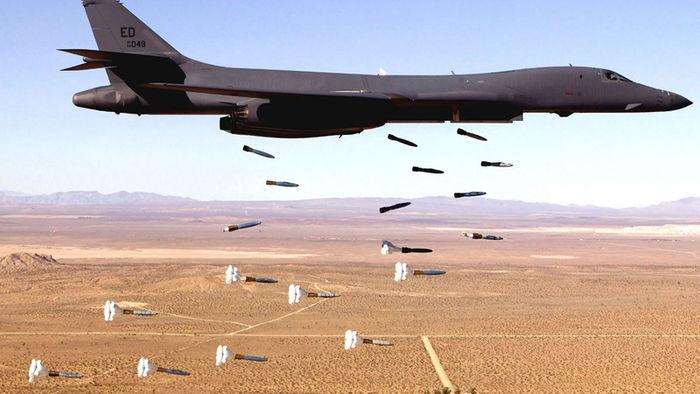 미 전략폭격기 B-1B