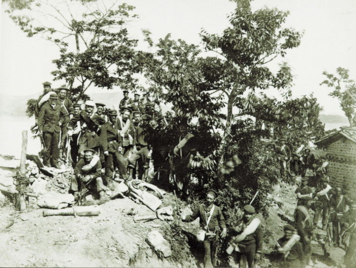 초지돈대를 점령한 미군들의 모습