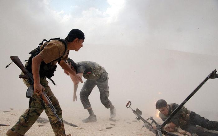 시리아 반군 : 안전지대가 자칫하면 반군의 감옥이 될 수 있다는 우려도 나옵니다.