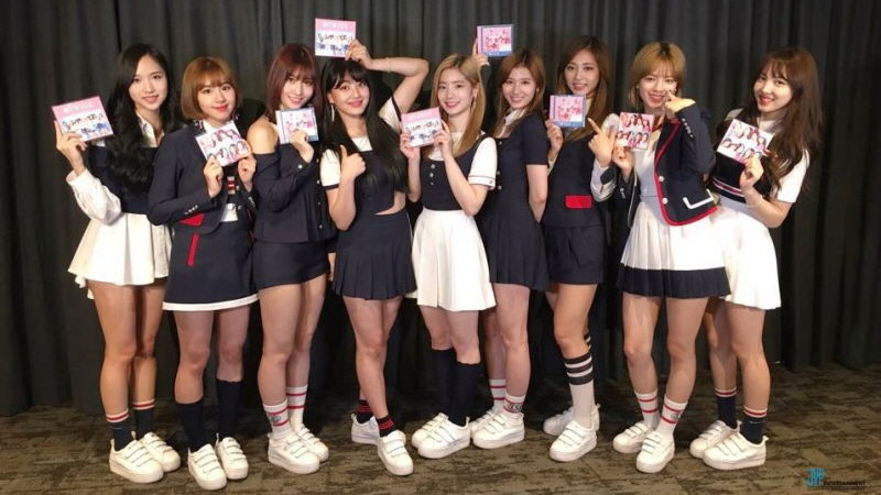 기사 대표 이미지:[SBS Star] TWICE Japan Debut Showcase Video Released!