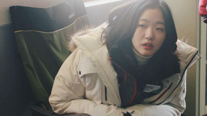 ?[SBS Star] Kim Go-eun Signs Exclusive Contract with BH Entertainment