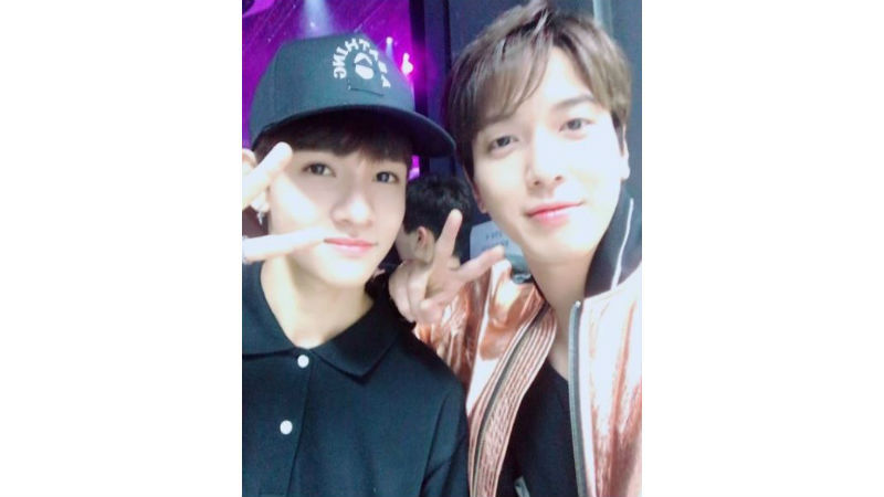 기사 대표 이미지:[SBS Star] Samuel Takes a Selfie with CNBLUEs Jung Yong-hwa