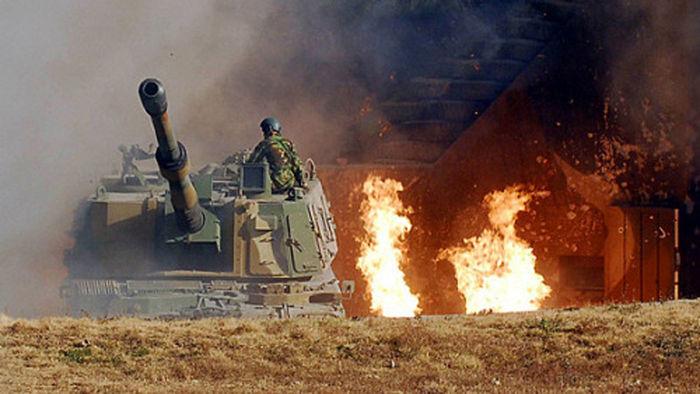 연평 포격전 당시 대응 사격하는 K-9 자주포