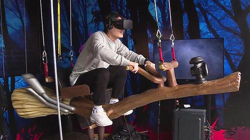 메인이미지:내 앞에 좀비가… 증강현실로 체험하는 테마파크