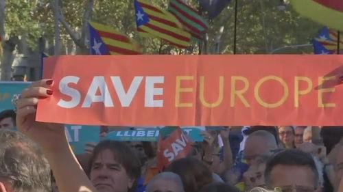 메인이미지:카탈루냐, 자치권 박탈 반발…45만 명 대규모 시위