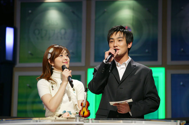 Live K-POP Countdown [SBS] Mag0303-33_20030312175348