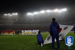 [러시아WC] 韓, 9회 연속 월드컵 꿈…'PO행 위기'
