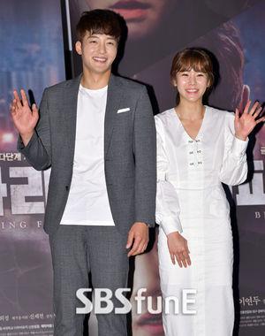 [E포토]영화 '쇠파리' 두 주연배우 김지우-이연두