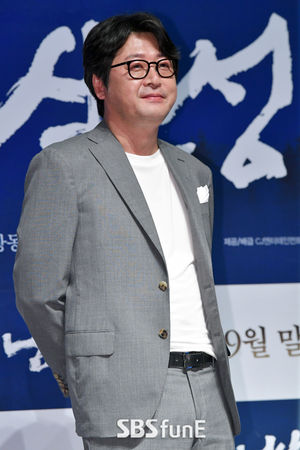 '남한산성' 김윤석