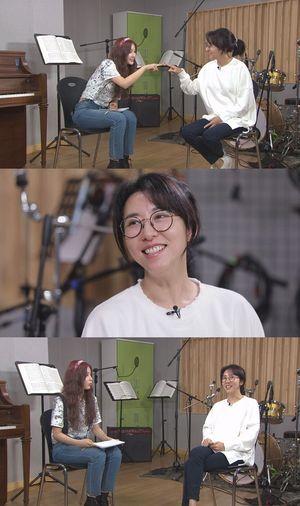 '본격연예 한밤', 원조 '춤.신.춤.왕' 섹시 디바 김완선과 작업실 인터뷰