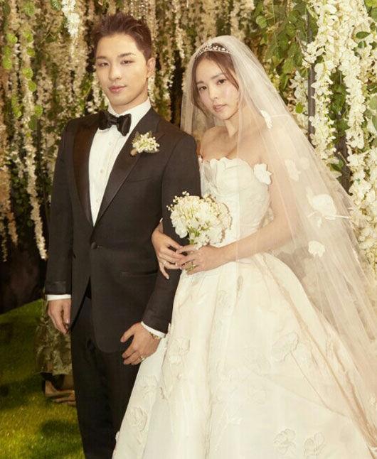 태양 민효린 피로연 사진 공개 Quot 반짝이는 결혼 반지 Quot