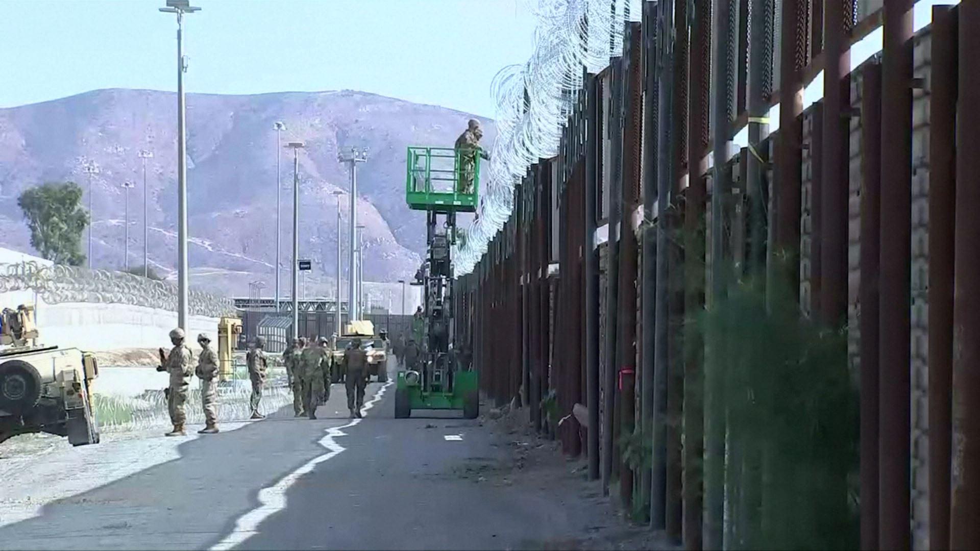 美, 주한미군 예산 줄여 멕시코 국경장벽 투입 검토