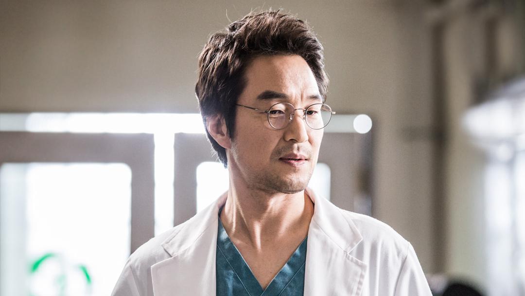 HAN SEOK KYU (Dr. Romantic)