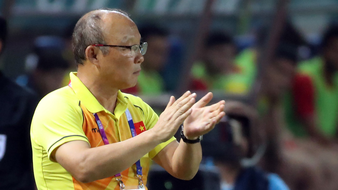 Vietnam, football 'AG' in the first four rivers