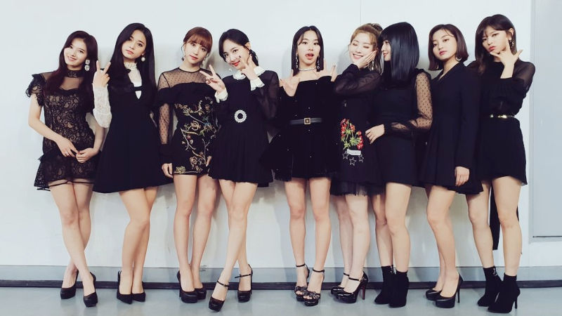 기사 대표 이미지:[SBS Star] TWICE to Film a New Music Video for Its Comeback Today; What About MINA?