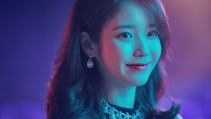 기사 대표 이미지:[SBS Star] IU Moves the Public with Another Meaningful Donation