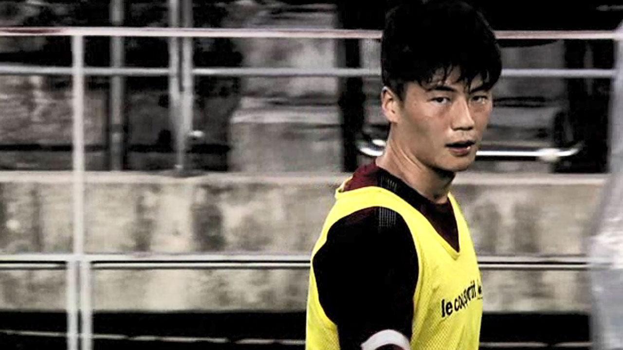 """기성용 """"축구 생활의 위험에 대응""""vs """"멈추고 싶다"""""""
