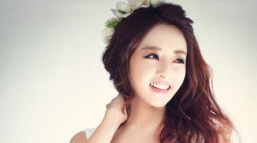 김혜선 결혼, 웨딩드레스 입고 '청순 미모 과시' 예비 신랑은 누구?