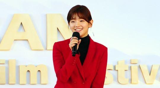 박소담, 알고보니 중견배우 박원숙과 6촌 친척 | SBS연예뉴스