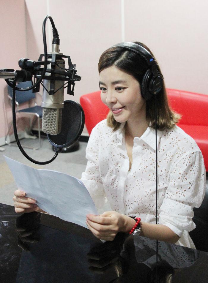 김규리, 10년의 긴 휴식 끝 라디오 DJ로 새 출발  기본이미지