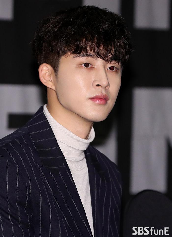 """비아이, 그룹 아이콘에서 탈퇴…""""마약 구매하려했지만 안해"""""""