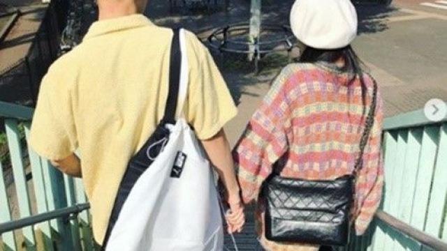 '방출 통보' 현아♥이던, 데이트 사진 직접 공개 '초강수'