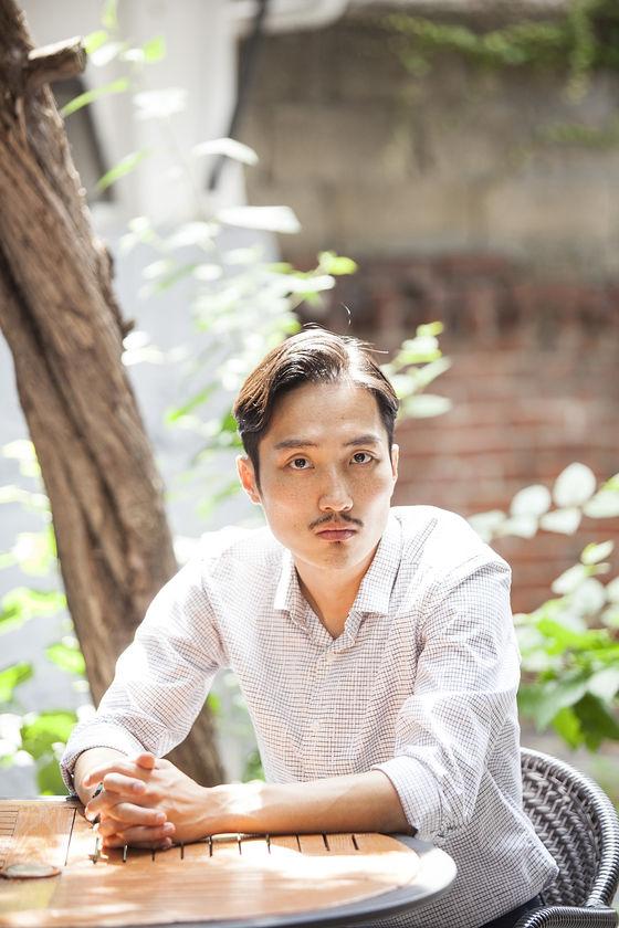 """[스브수다] '죄 많은 소녀' 김의석 """"자극을 전시? 영화 이상이길 바랐다""""  기본이미지"""