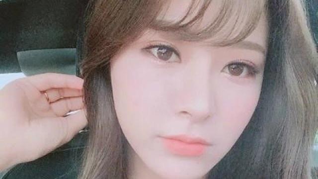 '갓경누나' 김수현 아나운서, 게임스트리머 '우왁굳'과 핑크빛 소문?