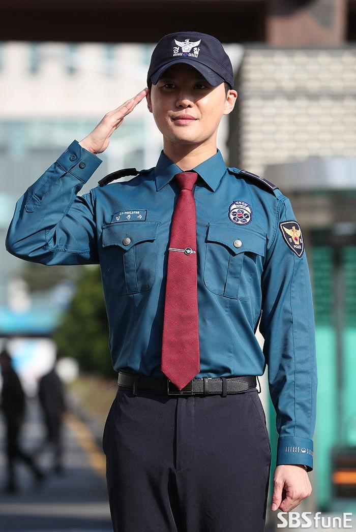 """김준수, 전역 후 첫 단독콘서트 연다…""""기다려준 팬들 위해서""""  기본이미지"""