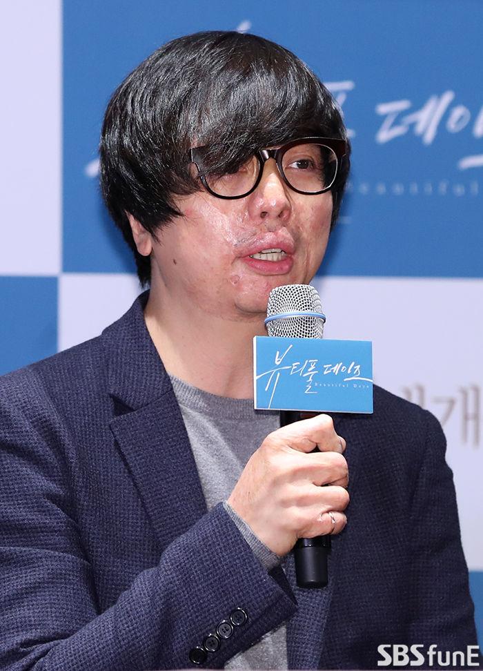 [E포토]윤재호 감독, '뷰티풀 데이즈 기대해주세요'  기본이미지