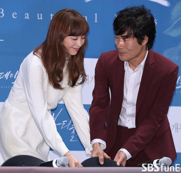 [E포토]오광록, '친절한 나영 씨'