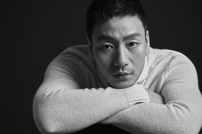 '슬빵' 박해수, 깜짝 결혼발표…6살 연하 여자친구와 1월 14일 결혼