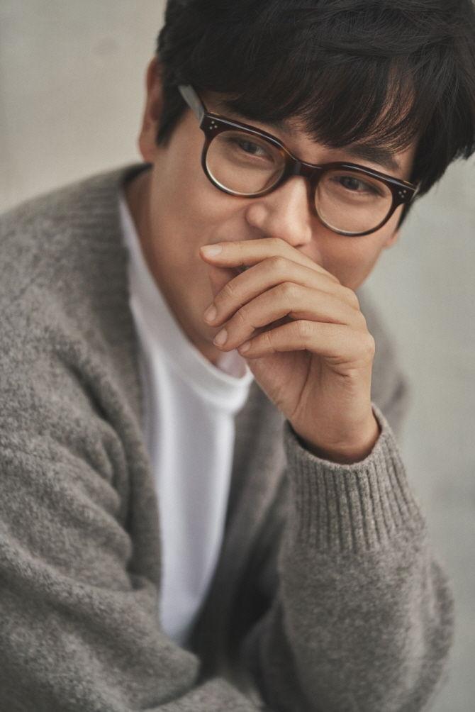 """김동률, '동화' 음원 1위 소감 """"순위 연연하진 않지만 1위 감사"""""""