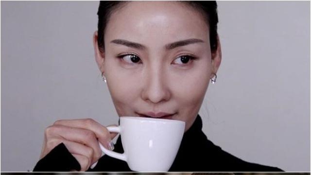 """""""스앵님 메이크업, 맘에 드셨나요""""…이사배, 'SKY캐슬' 김서형 완벽 커버"""