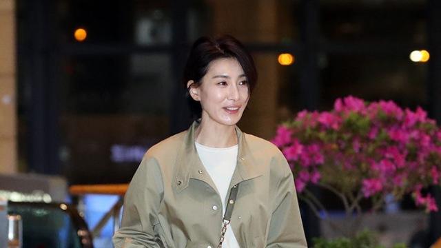 [E포토]김서형, '김주영 선생의 공항패션'