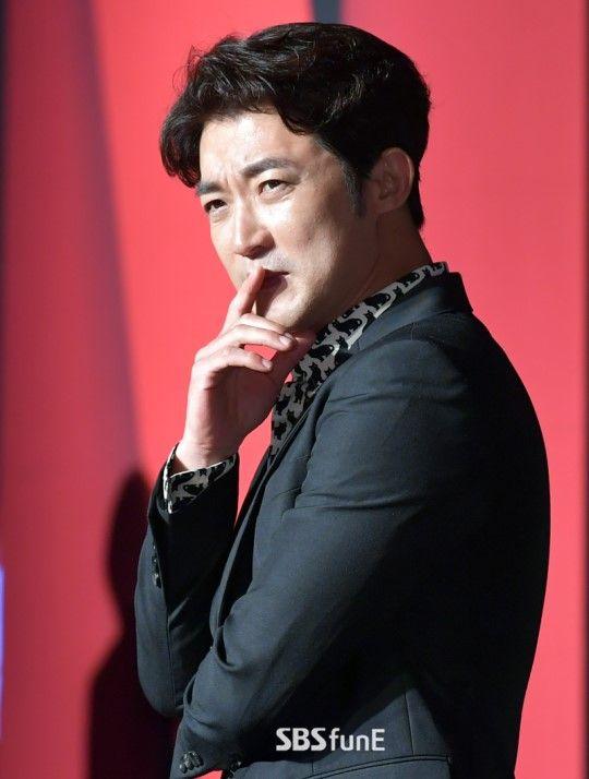 """'음주운전 적발' 안재욱, 2003년에도 음주운전 사고 """"실망도 2배""""  기본이미지"""