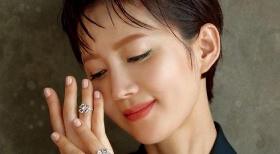 염정아, '아갈미향' 벗고 '발리의 여신' 변신[화보]