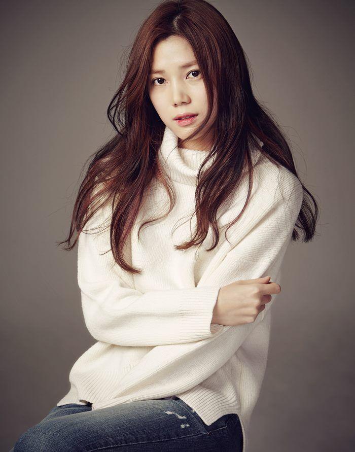 '미쓰라진 아내' 권다현, FNC와 전속계약…유재석·정해인과 한솥밥
