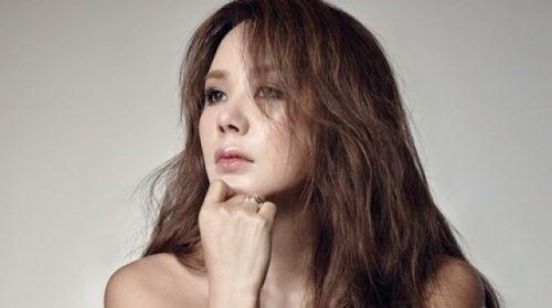 엄정화, 조진웅·이제훈과 한솥밥…사람 엔터와 계약
