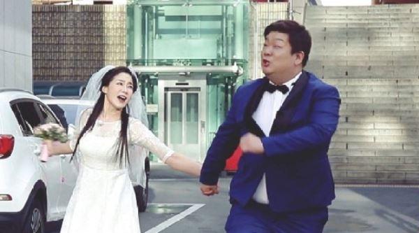 '열애설' 유민상♥김하영, 웨딩화보?…시청자도 깜짝 놀랄 반전