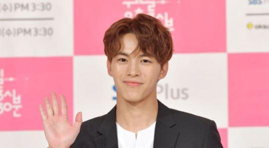 '음주방송+타그룹 비하 논란' 빅스 홍빈, 연예계 활동 잠시 중단
