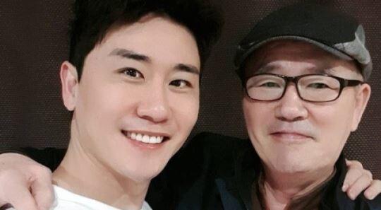 """""""아버지, 아들 많이 컸지요?""""…'효자' 영탁, 가족과 집밥♡"""