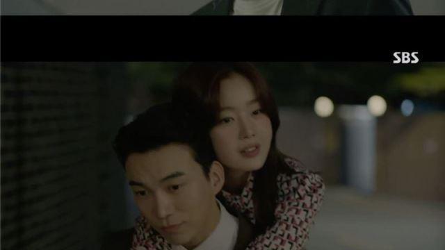 [스브스夜] '편의점샛별이' 지창욱, 도상우에게 업힌 한선화 목격…김유정, 의문의 인물에 습격