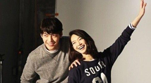 """신민아, 연인 김우빈 질문에 미소…""""서로 응원해요"""""""