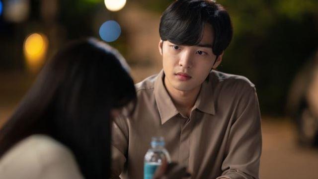 '브람스를 좋아하세요?' 울고 있는 박은빈, 위로하는 김민재 '애틋 투샷'
