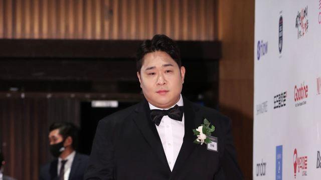[E포토] 문세윤, '묵직한 발걸음'