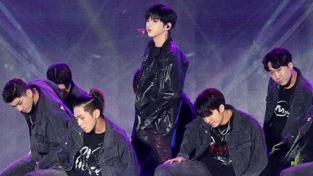 [E포토] 온택트 콘서트 무대에 선 강다니엘